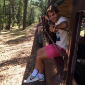 roger-federer-little-mini-train-station-sydney-road-to-melbourne-open-australie-australian-open-grand-chelem-fun-amusant