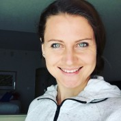 lucie-safarova-czech-tennis-beauty-stunning-amazing-blue-eyes-indian-wells-selfie