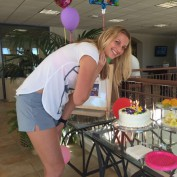petra-kvitova-birthday-celebration-indian-wells-2016-always-smiling-czech-tennis-legend