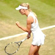 caroline-wozniacki-back-court-grass-season-new-coach-fist-pump